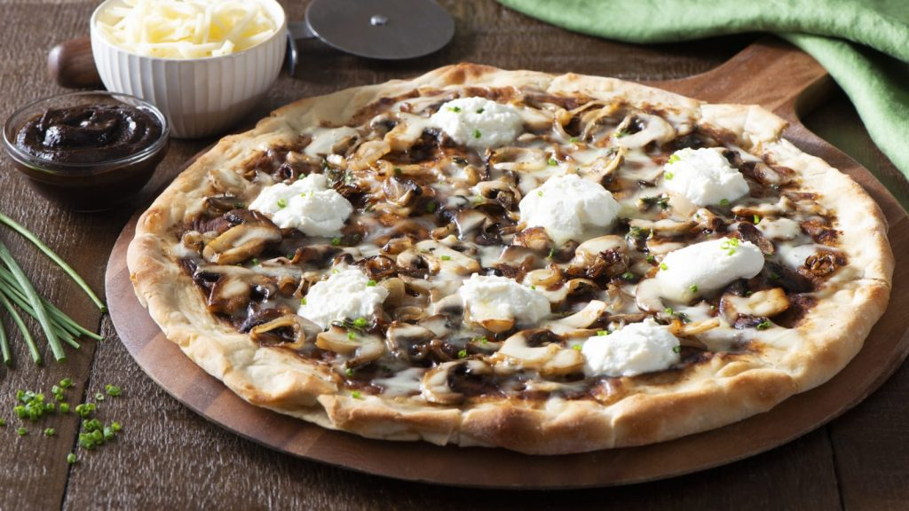 white-pizza-with-black-garlic-mushroom-ricotta